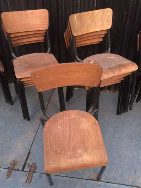 ZWARTE VINTAGE STOELEN black frame schoolchair GoodStuffFactory