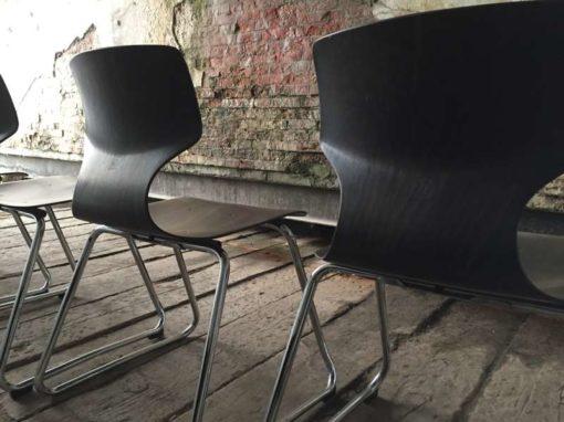 pagholz flottotto horeca pagholz galvanitas Belgium vintage stapelstoelen kantine brasserie koffiebar vintage retro horeca GoodStuffFactory
