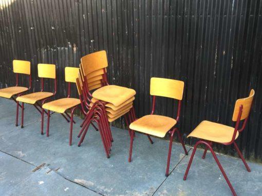 vintage retro schoolstoelen chaise ecole bruin BORDEAUX lot brocante_GoodStuffFactory