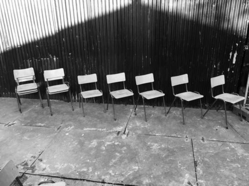 vintage retro schoolstoelen chaise ecole bruin brune lot brocante_GoodStuffFactory