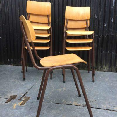 kantinestoelen barista bar cafe vintage retro houten stoelen _GoodStuffFactory