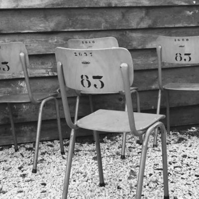 BELGISCH LEGER vintage stoelen CHAISES_GoodStuffFactory