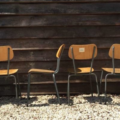 elegante kantine stoelen vintage retro_GoodStuffFactory