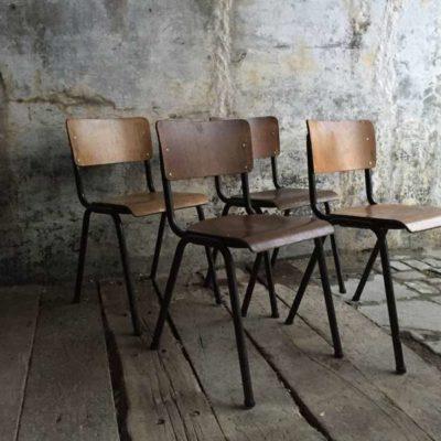 retro vintage industrial sTAPEL stoelen black zwart frame_GoodStuffFactory