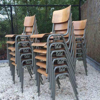 retro vintage industrial schakel stoelen belgisch leger_GoodStuffFactory