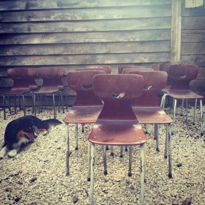 vintage schoolstoelen little vintage retro cool GoodStuffFactory