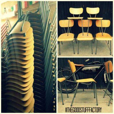 grijs V vorm vintage stoel chaise stool 1960 chair school vintage retro belgium GoodStuffFactory
