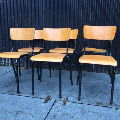 zwart noir frame old school retro vintage stoel chaise brocante cafestoel cafe GoodStuffFactory