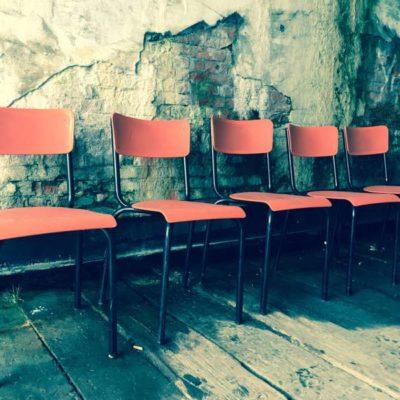 Meurop outdoor vintage buiten exterieur stapelstoelen kantine brasserie koffiebar vintage retro horeca GoodStuffFactory