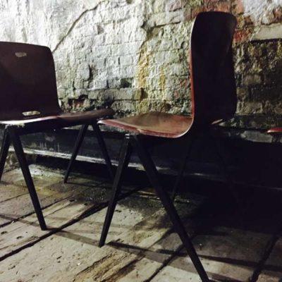 Wim Rietveld Pagwood S22 galvanitas Pagholz stapelen houten stoelen Pagwood Studio Loft Chrome Office Desk industriel barista brasserie koffiebar vintage retro GoodStuffFactory