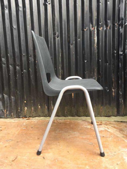 kantine horeca vintage retro stoer terras industrial stapelstoel chaise chair_GoodStuffFactory