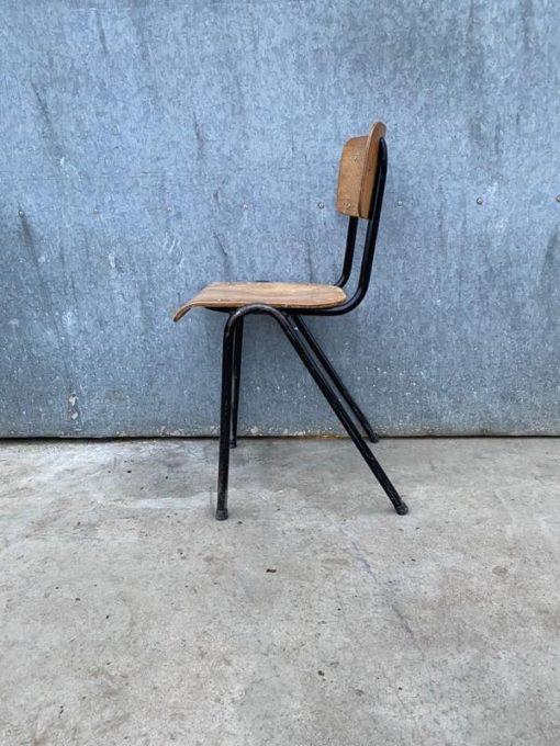 black schwarz noire stoel chaise stolar ostalgie dutchdesign retro vintage retro_thegoodstufffactory_be