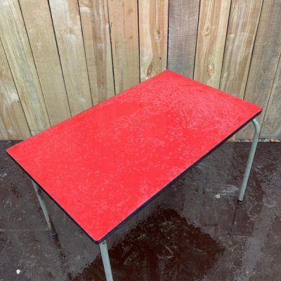 rechthoekighe tubax sidetable vintage retro oldschool ostalgie stools krukjes exterieur_thegoodstufffactory
