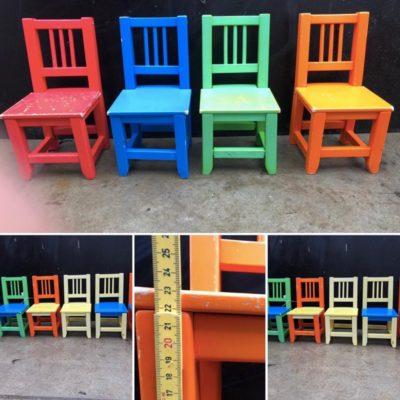 KLEURIGE kinderstoel kinderversie enfant chaise chinedujour ostalgie kindern retro vintage stuhl stoel stolar_thegoodstufffactory