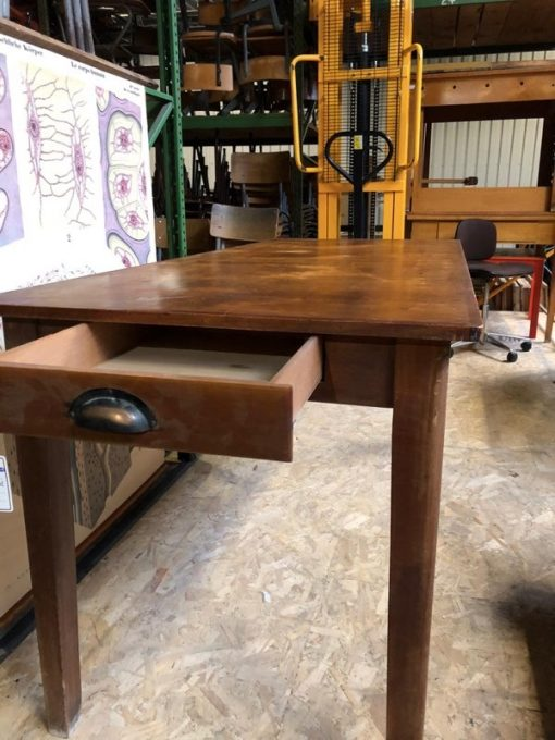 tafels tables tabels hospitality interior industrial raw materials retro vintage upcycled_thegoodstufffactory_be