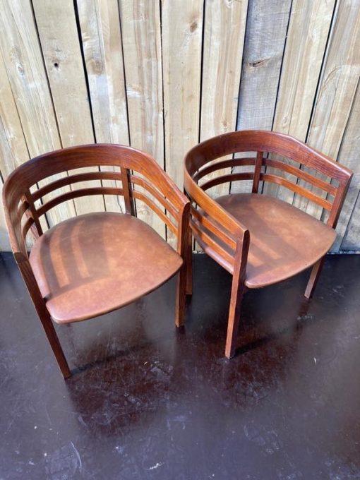 budget co work space stoelen vintage retro_thegoodstufffactory