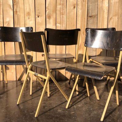obumex made in belgium stoelen ostalgie retro vintage_thegoodstufffactory_be