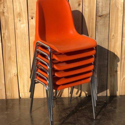 oranje pvc exterieur horeca made in belgium stoelen ostalgie retro vintage_thegoodstufffactory_be