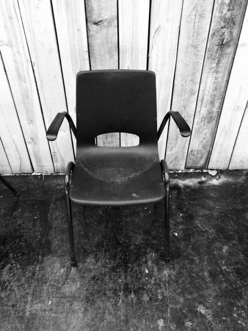 armleuning buitenstoel comfortabel retro ostalgie industrial antiques horeca vintage special_thegoodstufffactory_Be