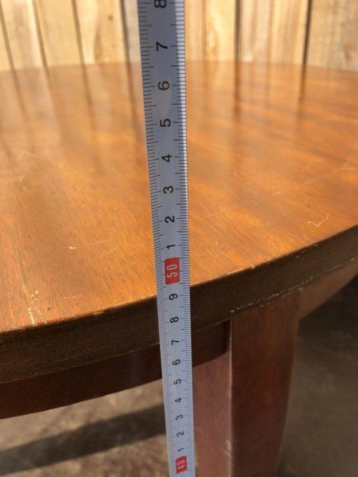 lage ronde tafels_thegoodstufffactory