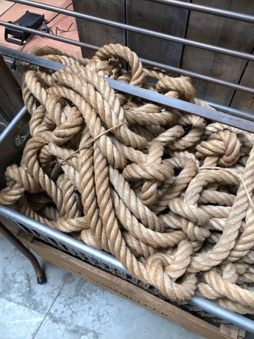 touwen ropes koord trapleuning escalier special_thegoodstufffactory_Be