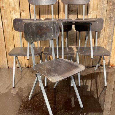 passerpoten pieds compas industrial antiques retro vintage ostalige stolar canteens_thegoodstufffactory_be