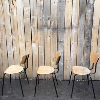 zwarte noir stoelen terras exterieur horeca the good stuff factory vintage retro ostalgie industrial antiques