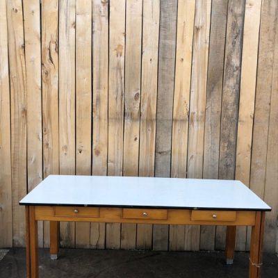 formica xl tafel retro industrial_thegoodstufffactory