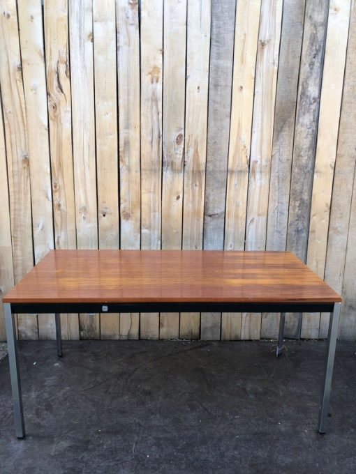 tafel retro industrial_thegoodstufffactory